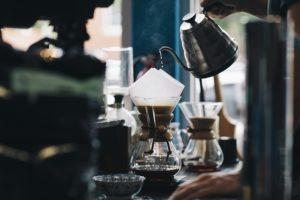 カフェでの話